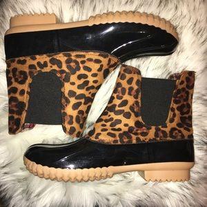 Leopard Animal Print Duck Rain Boots size 10